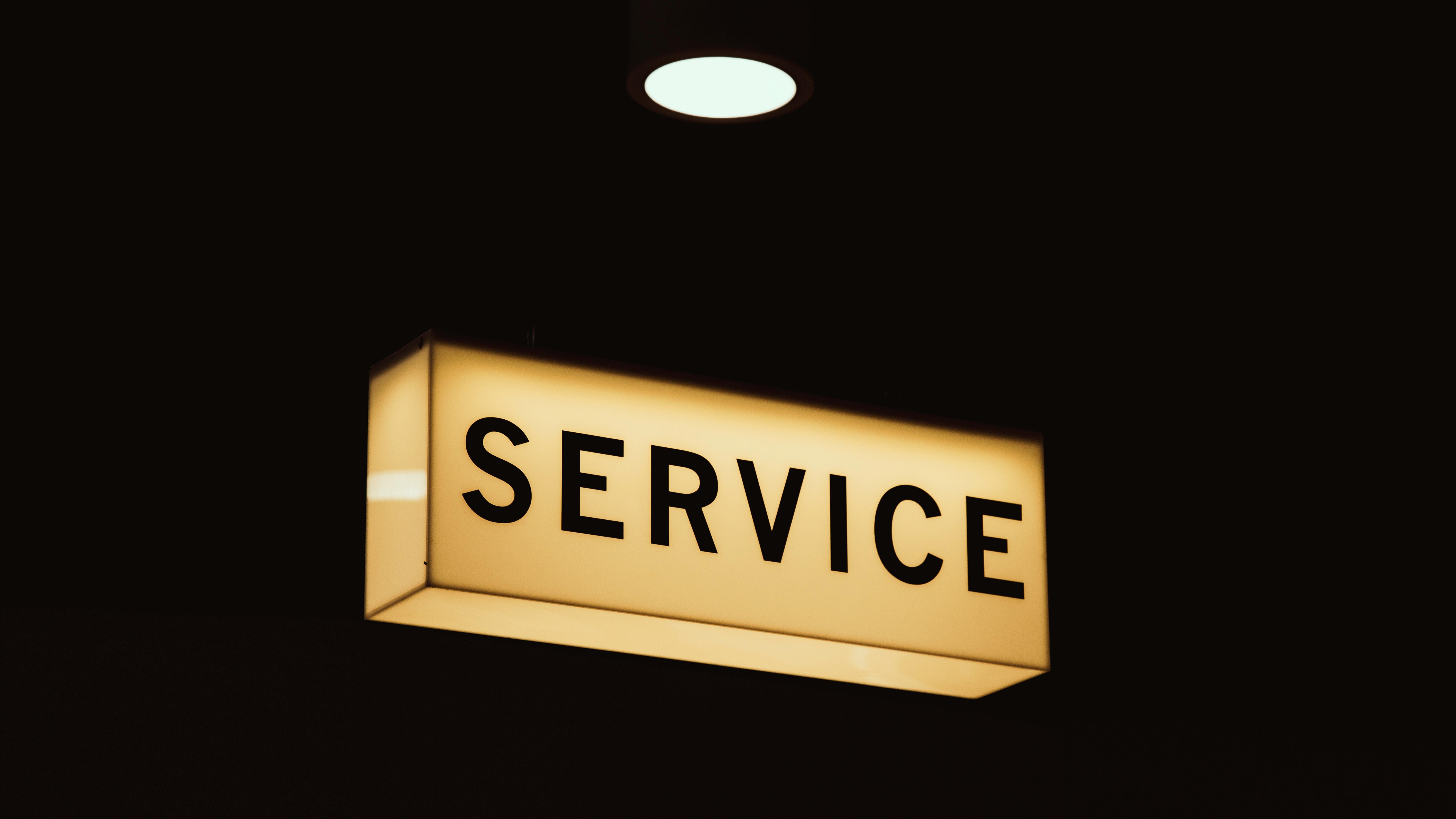 HubSpot Service Hub: Wie Kunden automatisch zu Markenbotschaftern werden